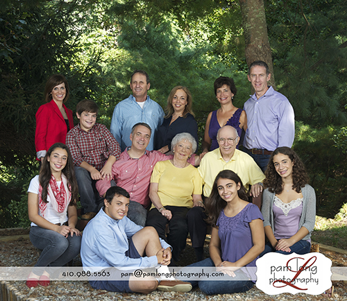 Outdoor Extended family portraits Ellicott City photographer