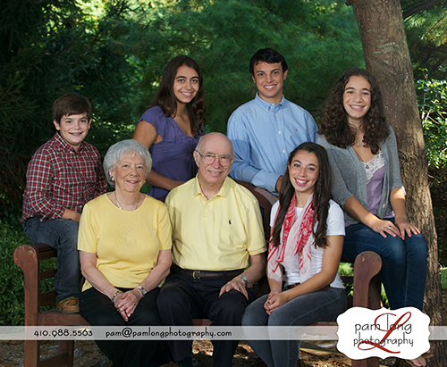 Outdoor Grandparent family portraits Glenwood family photographer