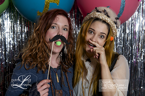 Fun photobooth pictures Ellicott City photographe