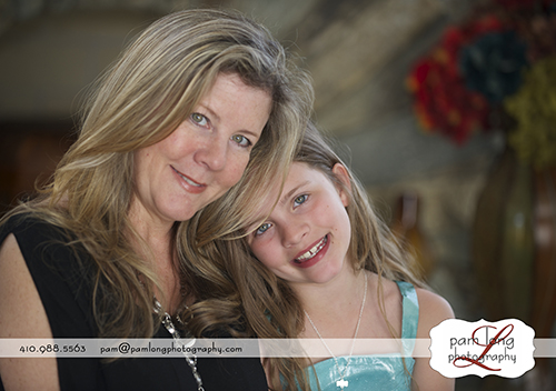 Mother daughter casual portraits in home Howard County photographer Ellicott City