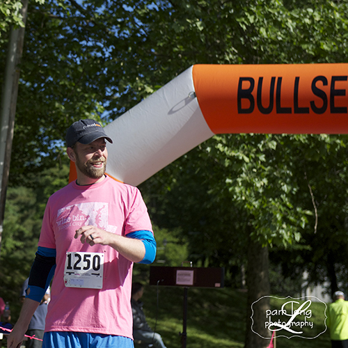 5K race Ellicott City Wine Bin Pam Long Photography 1